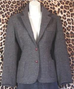 No Label Classic Tweed Gently Worn Ladies Blazer