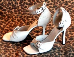 Retro Michael Loves Antonia Open Toe Heels